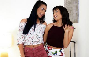 Isabella Nice, Jaye Summers – Zurück in der Stadt (GirlsWay)